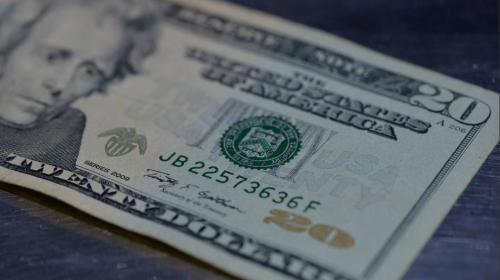 Las remesas aumentan y el tipo de cambio se mantiene a la baja