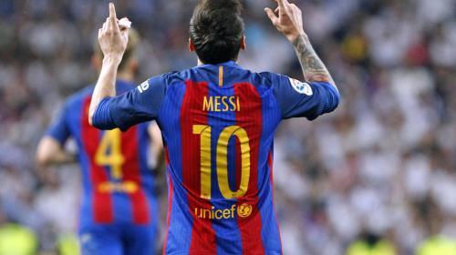Messi renueva contrato con el Barcelona