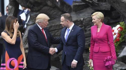 Otro desplante para Trump: primera dama de Polonia prefiere a Melania