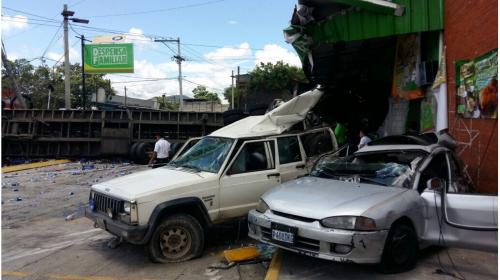 Accidente de tránsito en ruta al Atlántico dejó diez heridos