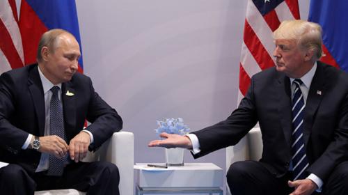Así fue el esperado primer saludo entre Trump y Putin