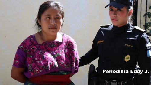 Capturan a mujer que golpeó a su bebé hasta quebrarle las piernas