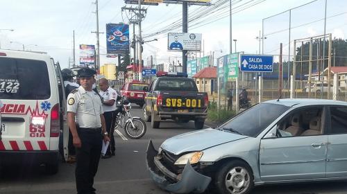 Mujer murió en accidente de tránsito en carretera a El Salvador