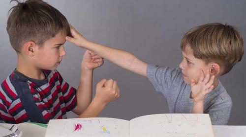 """¿Existe la """"maldición del segundo hijo""""? Esto dice un estudio reciente"""