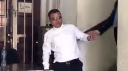 Video: empleado del Congreso llega borracho a trabajar