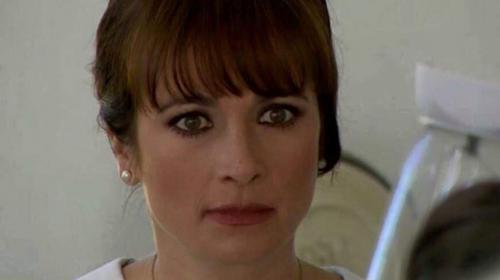 Famosa actriz se convierte en conductora de Uber por falta de empleo