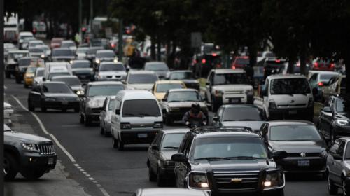 Viernes caótico: más de 1 millón de vehículos recorrerán la ciudad