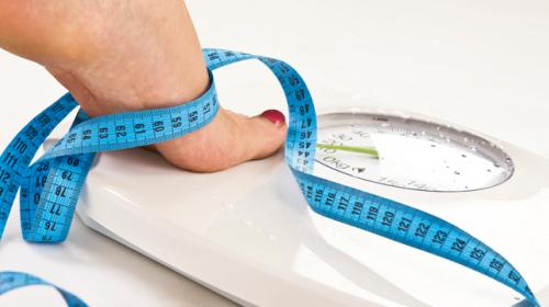 Esta es la razón por la que no debes estar pendiente de tu peso