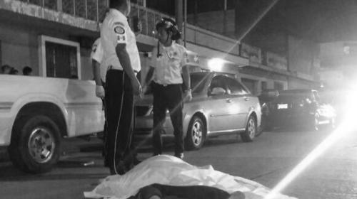 Sangriento ataque armado deja tres muertos y dos heridos