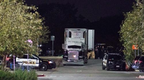 La horrible forma en la que murieron ocho migrantes en un camión