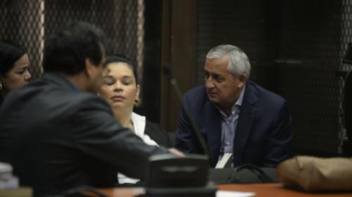 Así fue el nuevo reencuentro entre Roxana Baldetti y Otto Pérez Molina
