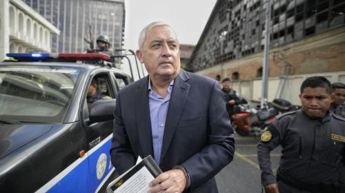 """Otto Pérez pide """"libertad humanitaria"""" porque dice que está enfermo"""