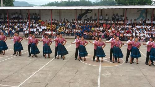 Se viraliza baile de estudiantes de Chicacao al ritmo de la marimba