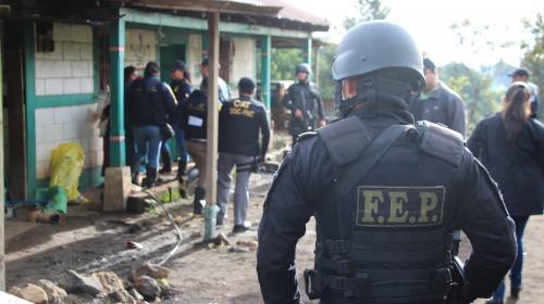 Estado de sitio: autoridades no hallan armas, pero sí bombas alteradas