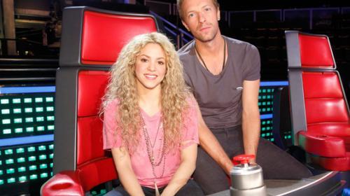 """Chris Martin envía mensaje a Shakira mientras él baila """"Me enamoré"""""""