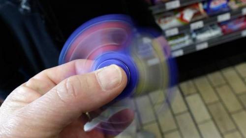 Aeropuerto destruirá 35 toneladas de fidget spinners confiscados