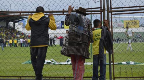 La historia de la foto viral en el partido de ascenso de Sololá