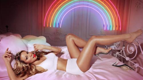 Estas fotos revelan que Mariah Carey miente en Instagram