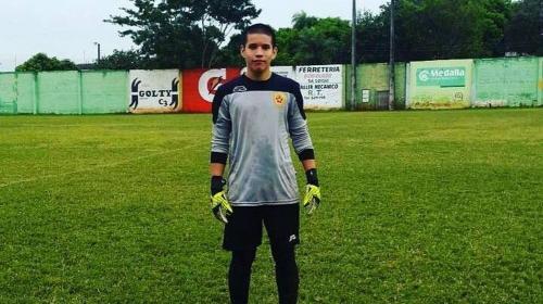 Insólita muerte de un joven portero de 17 años tras recibir pelotazo