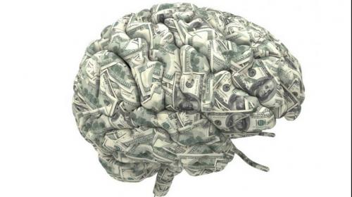 Por qué tus 20s son cruciales para tu cerebro y tus finanzas