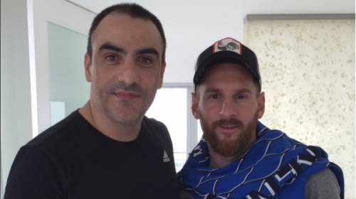 El insólito mensaje del tatuador de Messi en su local