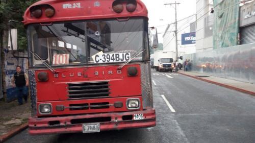 Ataque armado contra bus complica tránsito en bulevar Los Próceres