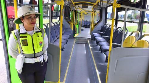Revisarán mochilas y bolsas de usuarios del Transmetro