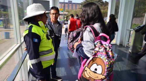 Capturan a un hombre que acosó a una adolescente en el Transmetro