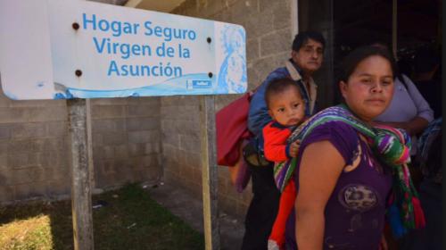Regresa a Guatemala una de las menores sobrevivientes del Hogar Seguro