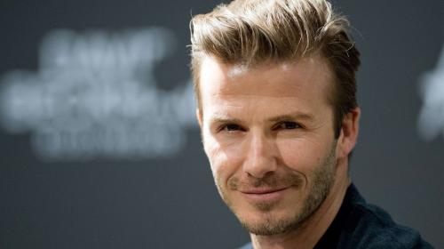 """Beckham se """"desfigura"""" el rostro para salir en filme del rey Arturo"""