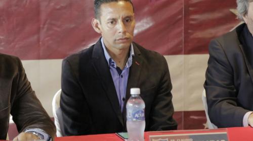 Claudio Albizuris anuncia su retiro del fútbol profesional