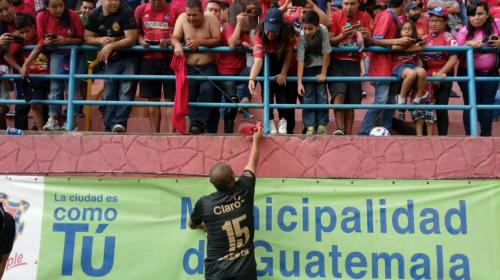 Juan Carlos Plata, ni la edad puede con un gran goleador