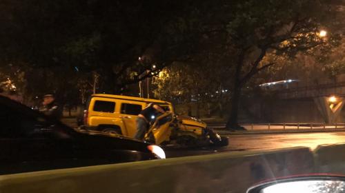 Cinco vehículos estuvieron involucrados en dos accidentes en el Trébol