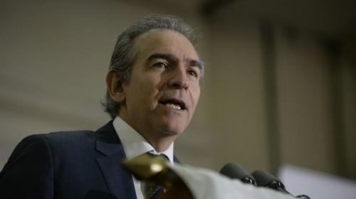Felipe Bosch hace un llamado a la unidad y al diálogo en las reformas