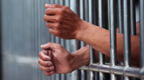 Capturan a agente de la PNC por pedir Q20 mil para cerrar un caso