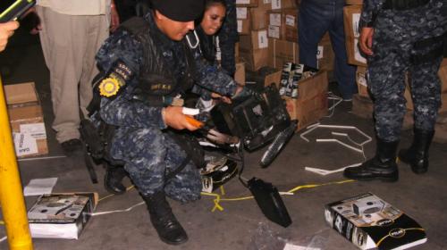 Encuentran droga oculta en estufas eléctricas