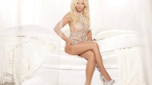 Britney Spears luce sus 35 años con sexys fotos en lencería