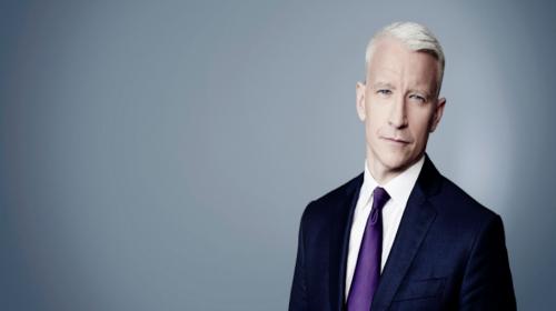Presentador insulta en vivo a un invitado que defendía a Trump