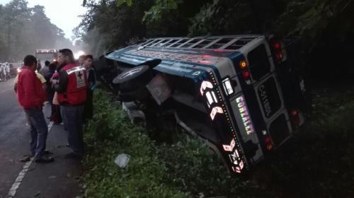 Accidente de autobús deja seis heridos en Retalhuleu