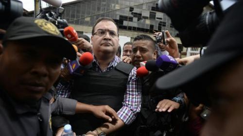 Juez resuelve que Javier Duarte no sufre ninguna vejación en prisión