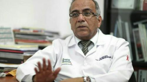 Carlos Mejía, el médico que dedicó su vida a los pacientes con VIH