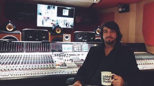 Guatemalteco participó en el nuevo disco de Marc Anthony