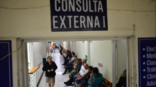 Estado sobregirado: Guatemala paga más de deuda que en Salud
