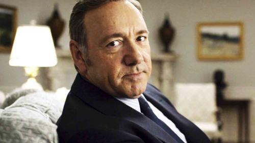 "Equipo de ""House of Cards"" acusa a Kevin Spacey de acosos sexuales"
