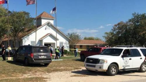 Masacre en Texas: tiroteo deja al menos 27 muertos en una iglesia