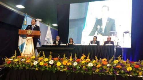 Aeropuerto Internacional La Aurora recibe certificación