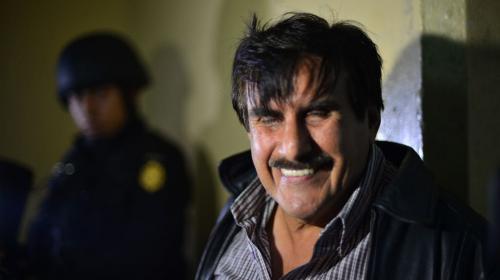 Diputados le mantienen curul a Roberto Kestler, quien guarda prisión