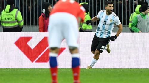 Sin la magia de Messi, Argentina le gana a Rusia sobre la hora