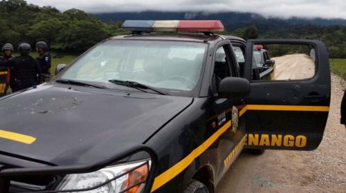 """Tensión en Huehuetenango: """"manifestantes"""" atacan sede de la PNC"""