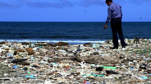"""Ambiente planea inversión """"archimillonaria"""" para rescatar el Motagua"""
